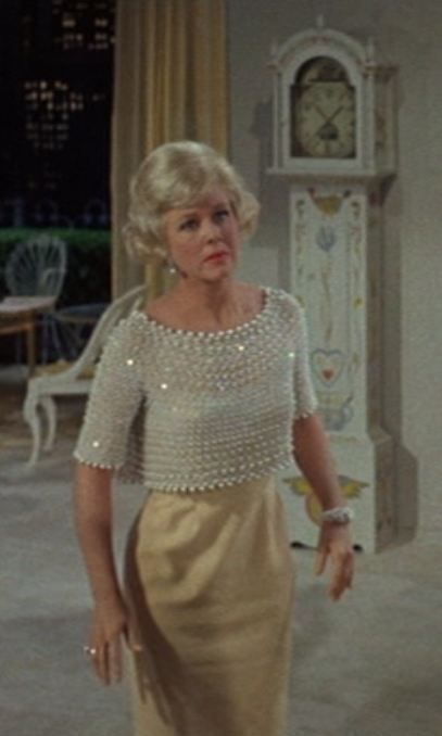 This is one of my favorite outfits of all, stunning. -Doris Day Movie Fashion Style: Pillow Talk and Lover Come Back