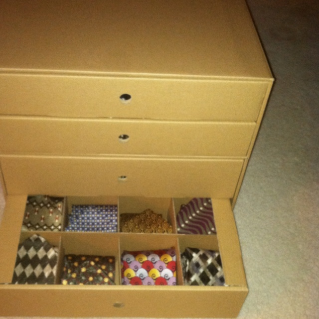 Beautiful Christmas Ornament Box Used For Neck Tie Storage