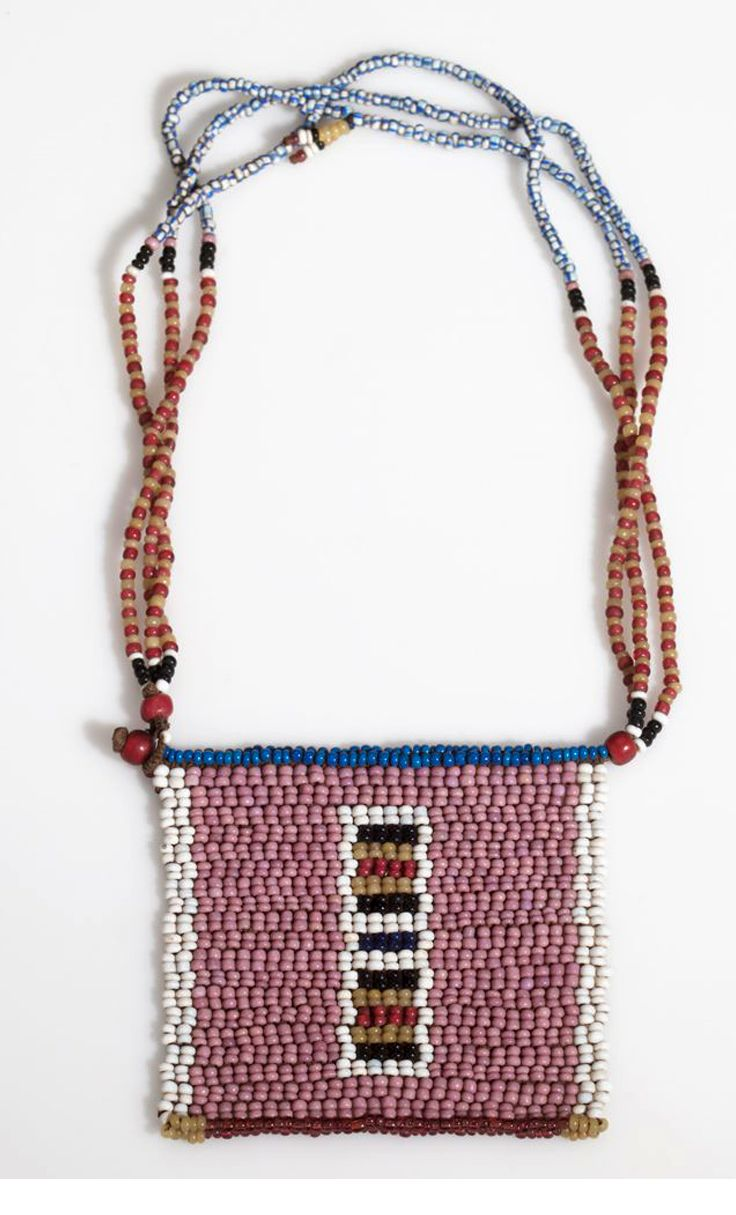 South Africa | Necklace from the Zulu people | Glass beads and cotton | ca. 1928 or earlier
