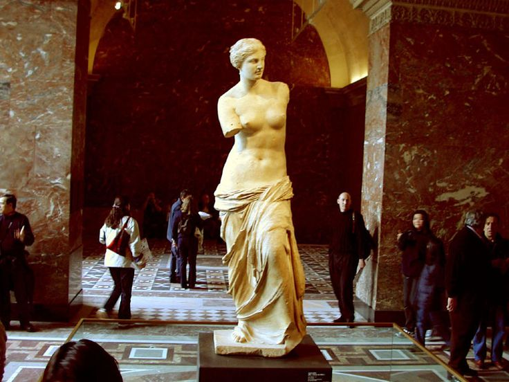 famous paintings at louvre | Discover awsomeness at The Louvre