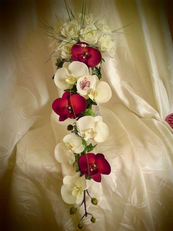 bouquet mari e tombant rouge et blanc recherche google fleurs mariage pinterest mariage. Black Bedroom Furniture Sets. Home Design Ideas
