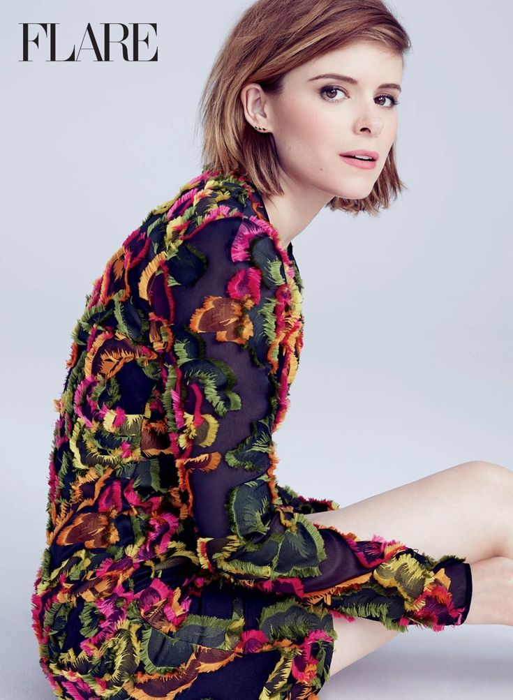 Actress Kate Mara lands the August 2015 cover story from FLARE Magazine, looking pretty in floral prints for the feature lensed by Nino Munoz. Styled by Johnny Wujek, Kate wears a Valentino dress on the cover. In her interview, she talks about her 'Fantastic Four' role, working with Miles Teller and Michael B. Jordan and …