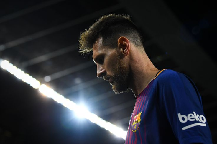 It was the 30th minute of the match between Valencia and Barcelona of La Liga and Lionel Messi scored a goal that saw everyone, exce...