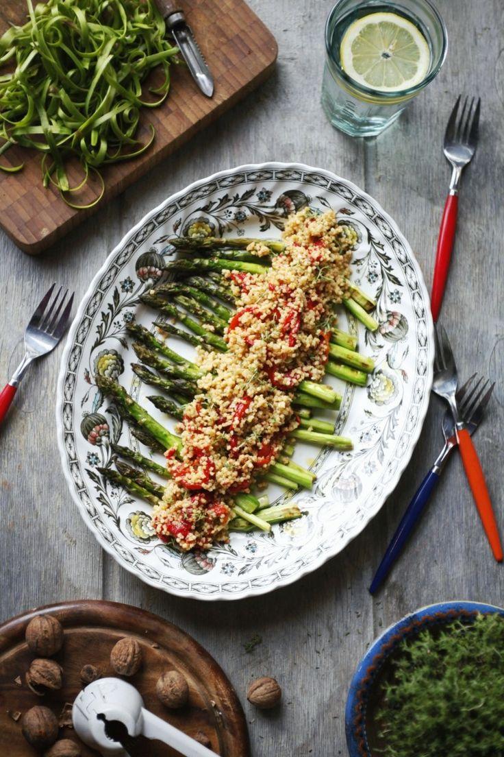 szparagi z kasza jaglana i pieczona papryka 1