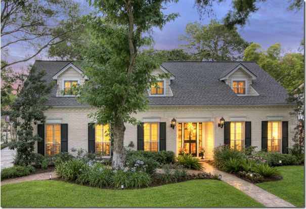 1828 best great exteriors images on pinterest exterior for Pros and cons of ranch style homes
