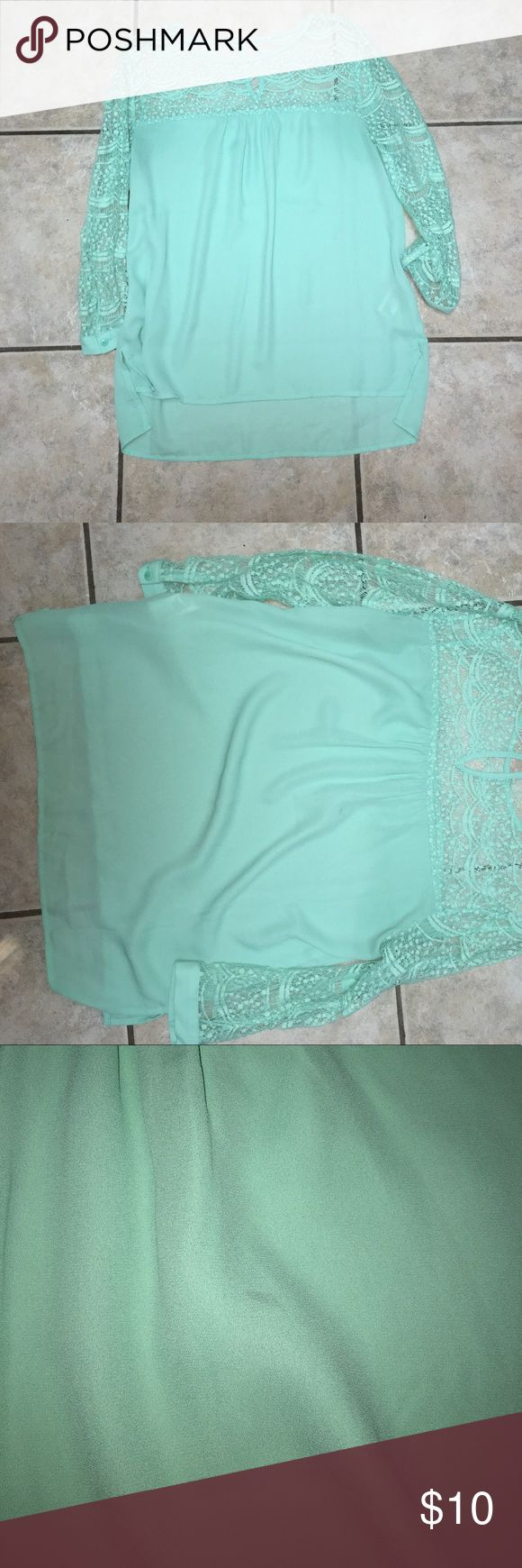 Forever 21 Turquoise Blouse Gently worn with a small stain on the back super cute and trendy! Forever 21 Tops Blouses