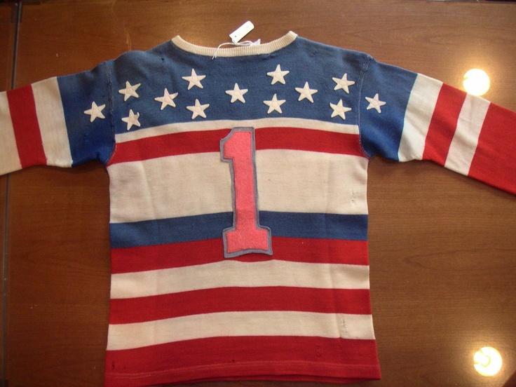 Vintage Hockey Sweater 113