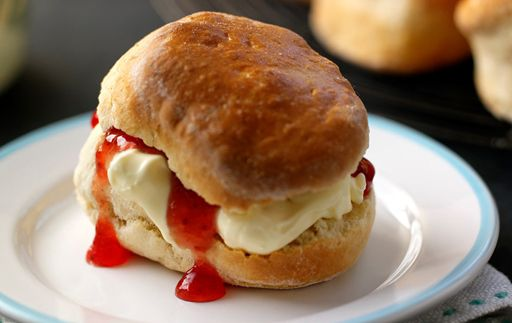 Paul Hollywood's best scones. We set the table and had a proper tea to celebrate how good these are. Recipe: bbc.co.uk