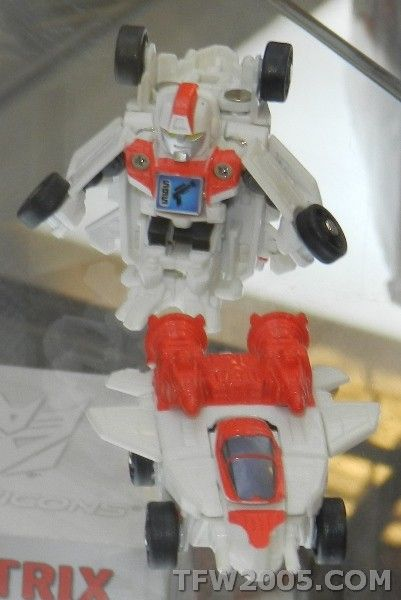#transformer jetfire (three pack)