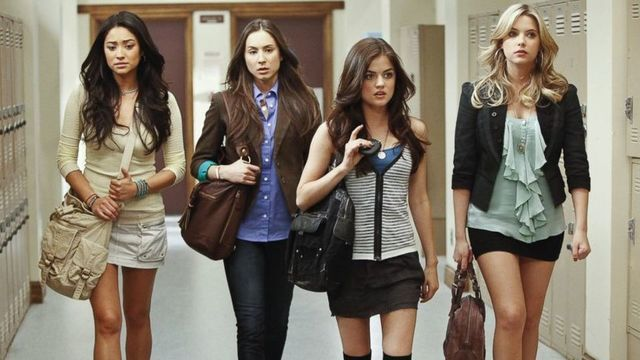 PLL Lovers, Here's What You Should Be Binge Watching Next on Netflix