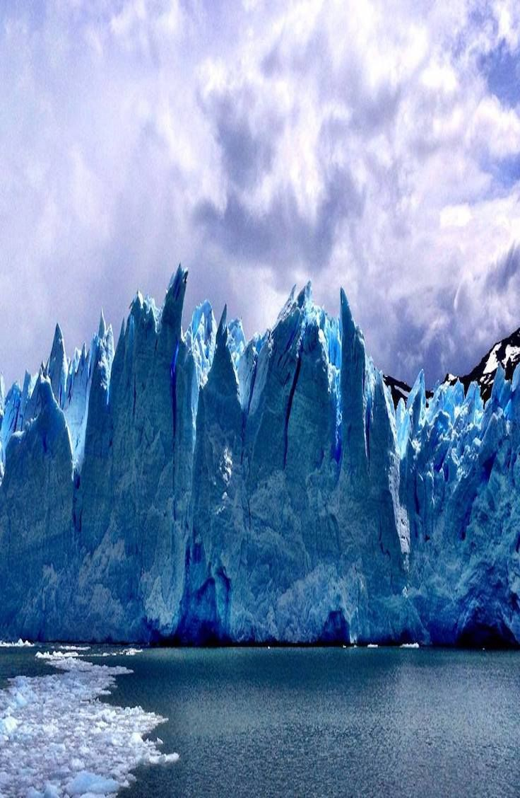 Complete guide to the Perito Moreno Glacier in  Argentina.