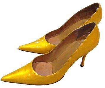Stuart Weitzman Shinny A Yellow Designer Patton Yellow Pumps 74% off retail