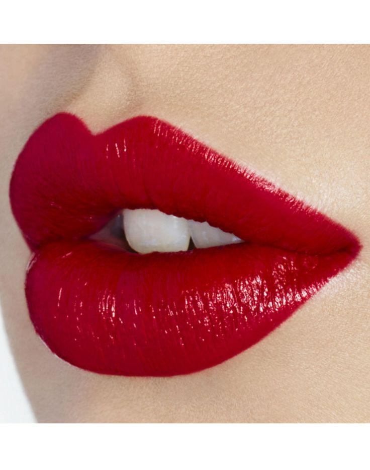 K.I.S.S.I.N.G - Lips - Products - Charlotte Tilbury