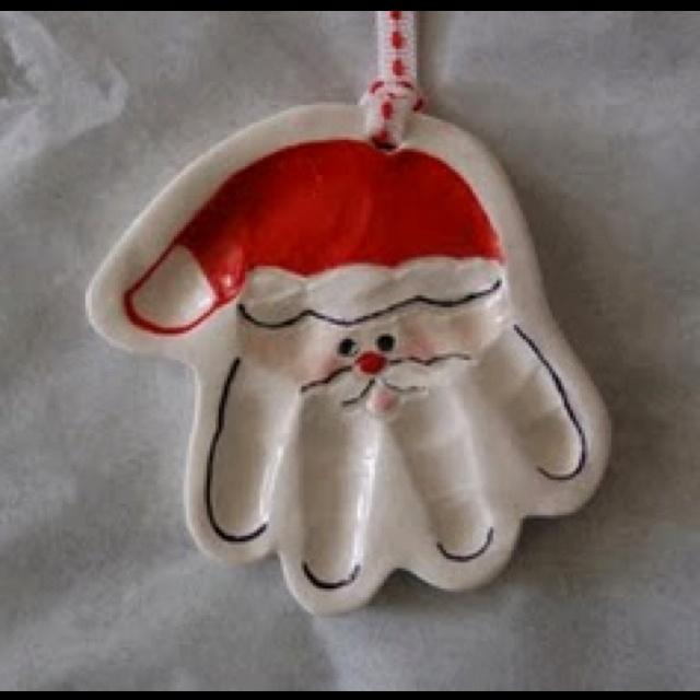Handprint Santa - def doing this for Conor this season...