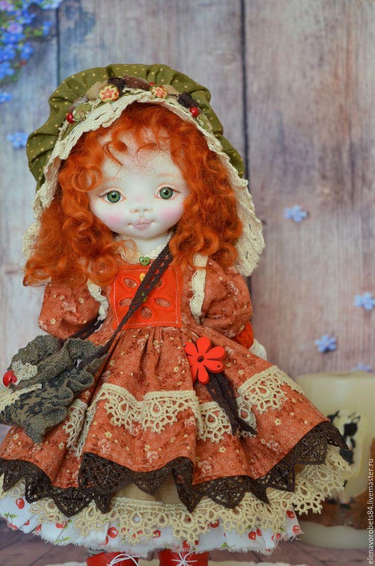 Купить или заказать Лилу в интернет-магазине на Ярмарке Мастеров. Куколка пошита из ткани, кукольный трикотаж, наполнитель холлофайбер Глазки из пластика. Волосики овечьи кудри, крашенные. Стоит Лилу самостоятельно.