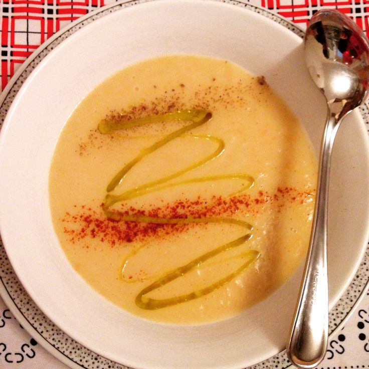Potatoes, carrots and leek soup with paprika and pepper