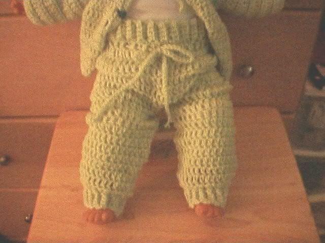 Free Crochet Pattern For Baby Pants : 17 Best ideas about Crochet Baby Pants on Pinterest ...