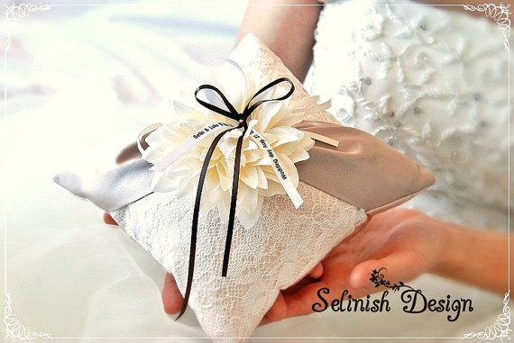 Personalized Ivory Ring Bearer Pillow. Beige Ring Pillow, Dahlia Wedding Ring Pillow -Name Option- Ivory and Flower -Style:Flowerchic