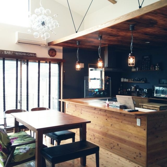 yurinaさんの、部屋全体,カフェ風,DIY 初心者,無垢材の床,おひとりさま時間,シャボンライト,平屋の家,ものの少ない暮らし,RC 長崎支部,のお部屋写真
