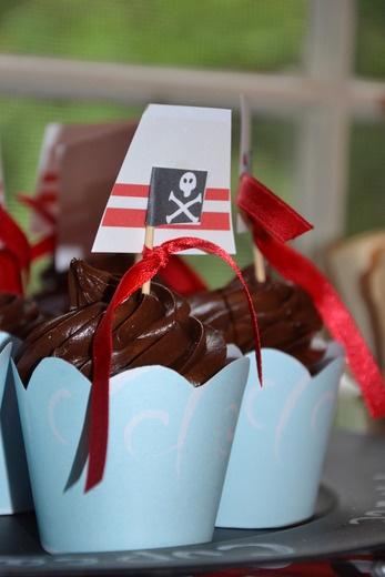 PIRATE PARTY. Cupcake chocolate & pirate !