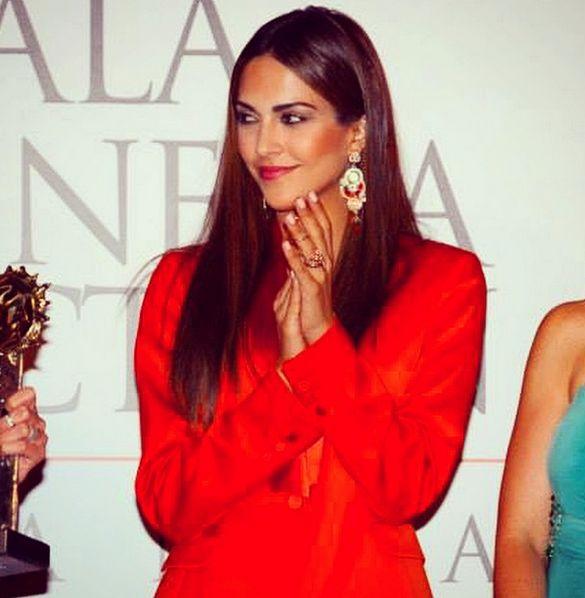 L'attrice, conduttrice televisiva e modella spagnola Rocio Munoz Morales, compagna di Raoul Bova, è la terza presenza femminile del Festival di Sanremo 2015. Insieme alle cantanti Emma Marone e Arisa, la spagnola affiancherà Carlo Conti sul palco dell'Ariston dal 10 al 14 febbraio.