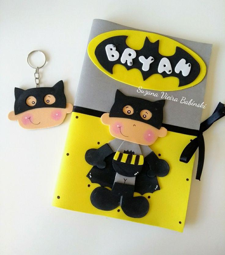 Capa em Eva para caderneta de vacinação e chaveiro tema Batman