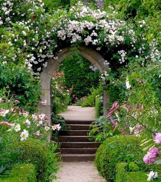 "nordicsublime: ""Hanham Court Gardens via pinterest """