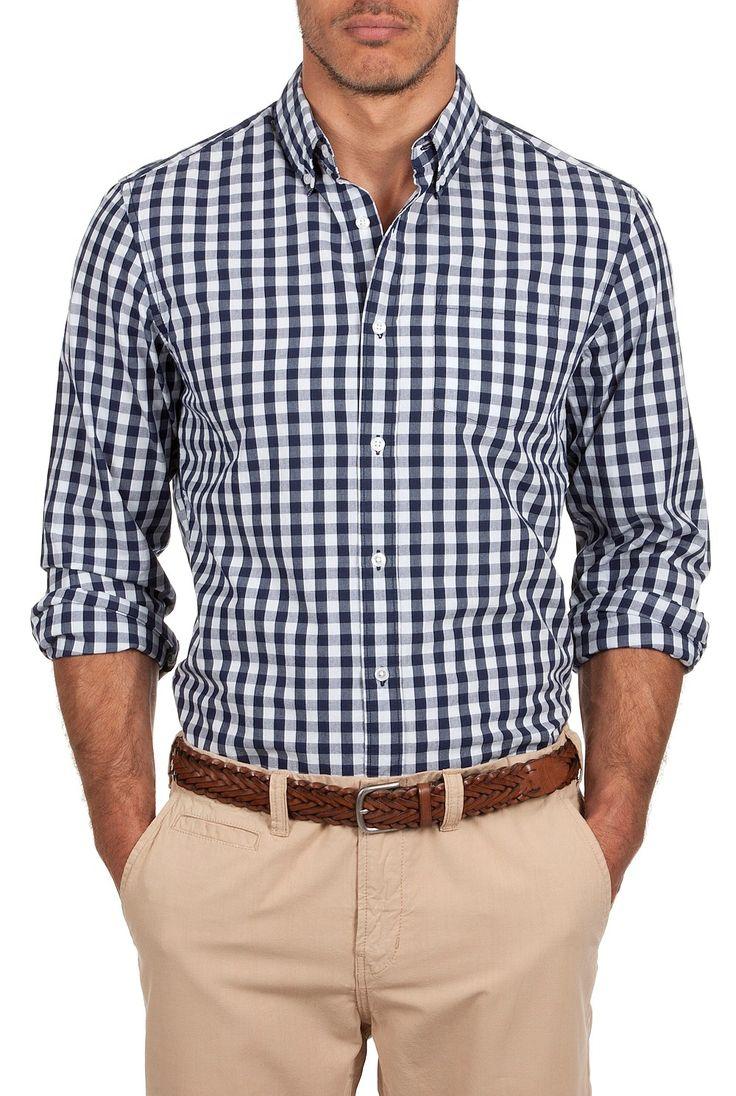 camisa cuadros y pantalon caqui
