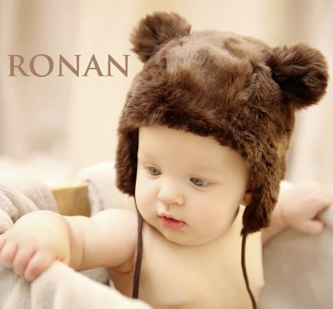 Prénom masculin, Ronan vient du mot celte roen, royal, ou de l'irlandais ronan, jeune phoque…