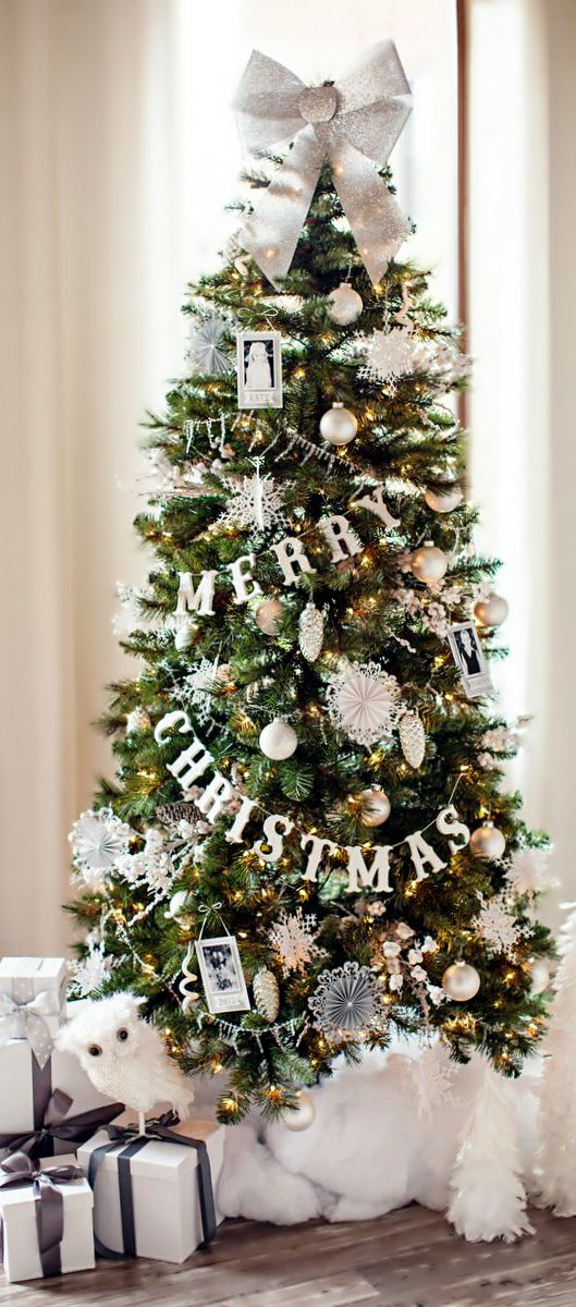 Christmas Tree & Glittered Wood Letter Garland