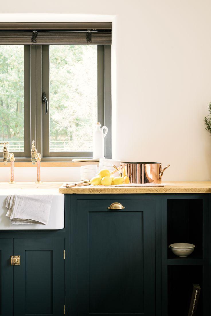A simply beautiful Pantry Blue kitchen by deVOL