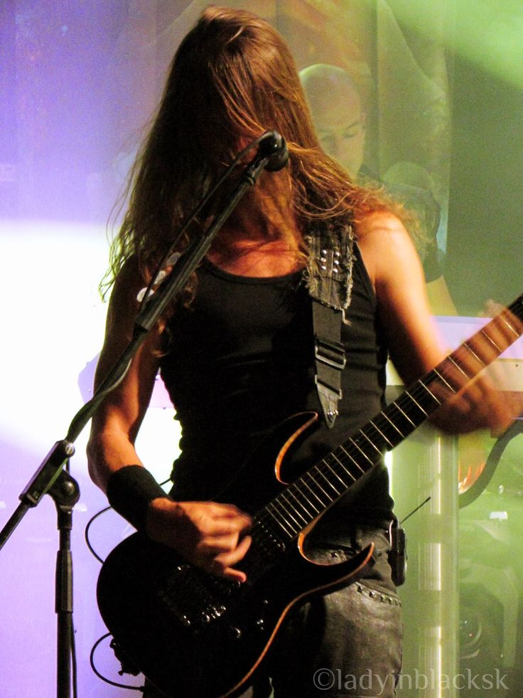 lady in black: Made of Metal 2015 #markjansen #epica #symphonicmetal #femalefrontedmetal #metal #guitarist #madeofmetal