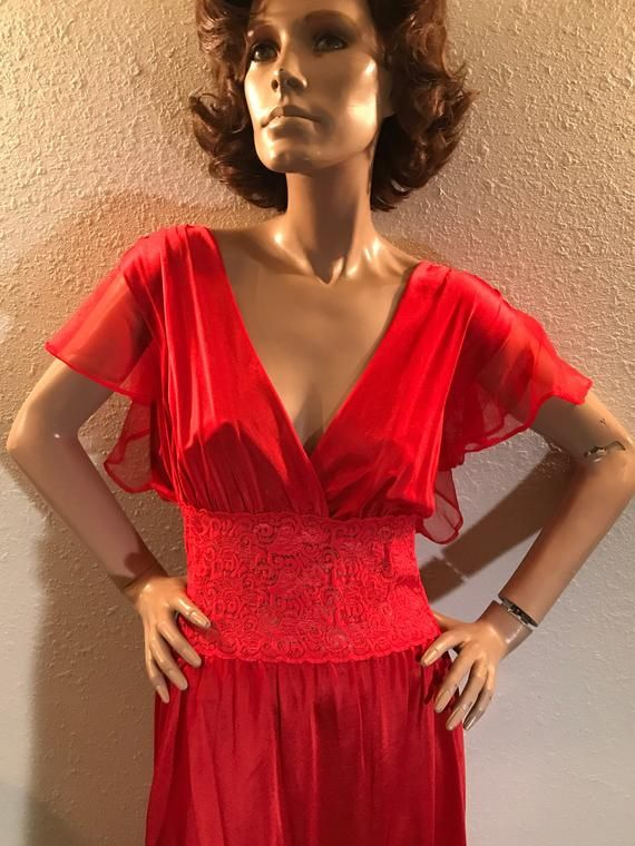 44d9dd8effd Mid Century Valentine Red Volup Sexy Lingerie Nightgown - Size 1X- Free  Shipping to USA