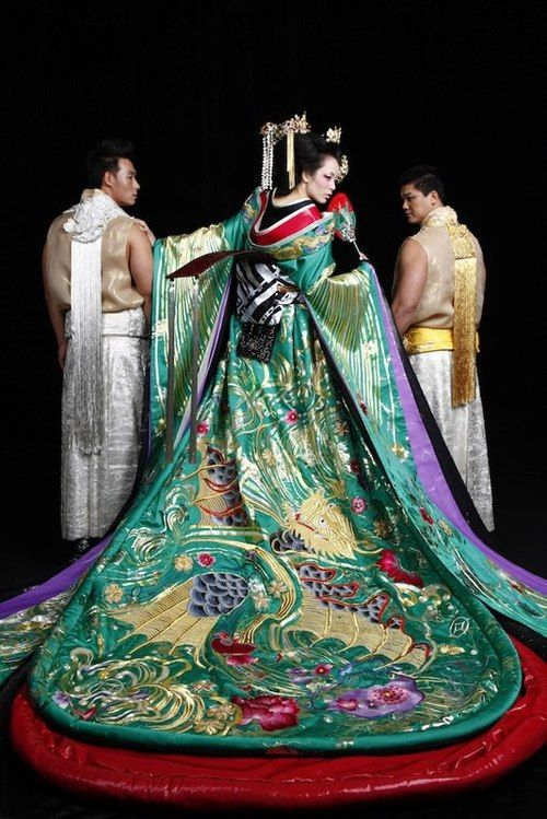 The courtesans of Edo Japan had some of the most splendid and ornate kimonos: this example would be an expensive and high-craft contemporary one created presumably only for show use in a valiant effort to conjure up times that no longer exist.