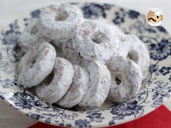 Recette Dessert : Roscos de vino, petits gâteaux espagnols pour noël par Ptitchef_officiel