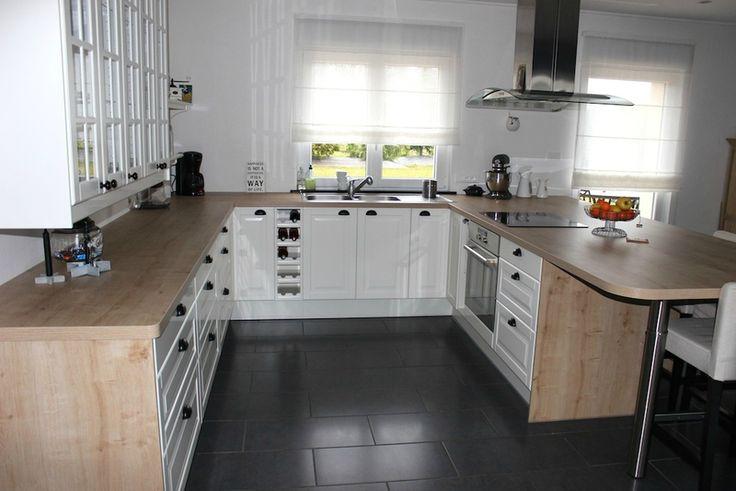 17 best id es propos de cuisines blanc cass sur for Meuble kitchenette ikea