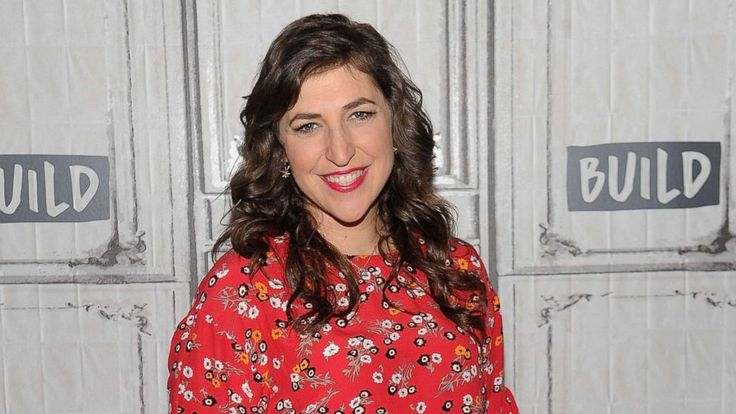 """""""Big Bang Theory"""" actress Mayim Bialik is set to have a very quiet July.   The actress announced on Thursday that she has sprained her vocal chords and as a result, a doctor has put her on vocal rest for 30 days.   Bialik, whose father died two years ago of a degenerative disease... - #Bialik, #Days, #Mayim, #Rest, #TopStories, #Vocal"""
