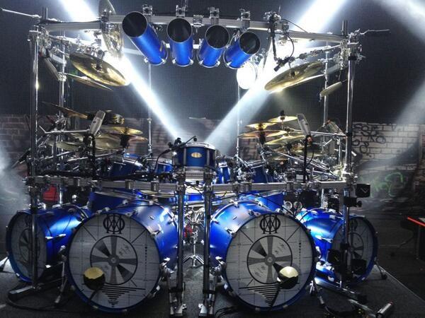 Mike Mangini's drumkit 2014 (Dream Theater).