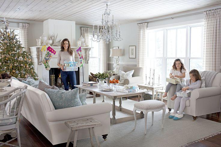 hgtv designers portfolio sarah richardson | Sarah Richardson's Holiday Home Is A Real-Life Winter Wonderland ...