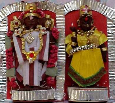 indian wooden dolls For Navaratri festival