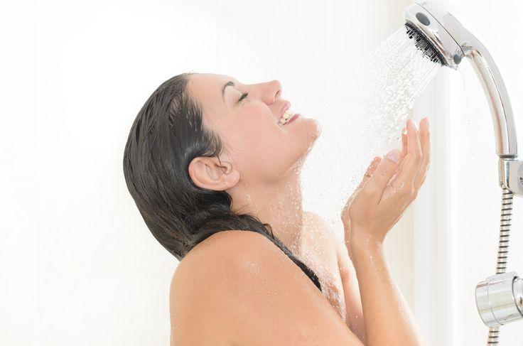 Regelmatig een koude douche nemen is zeer gezond. In deze blog lees je waarom een koude douche je goed doet en waarom jij het ook zou doen. Lees hier meer.