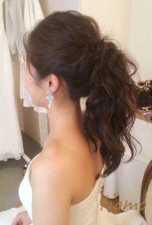 大人かわいい2スタイルでお披露目パーティー♡|大人可愛いブライダルヘアメイク『tiamo』の結婚カタログ