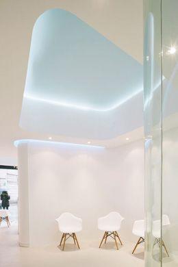 Dental Clinic Angels. YLAB architects (Tobias Laarmann & Yolanda Yuste López) Barcelona, Catalonia