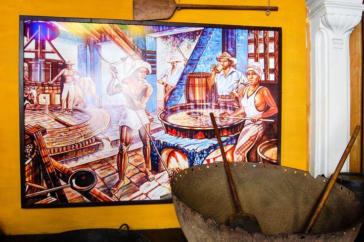 """https://flic.kr/p/GQgiSk   -""""Don't reapply""""   Este quadro que está numa exposição em Havana é um bom exemplo para ver o lado obscuro da escravatura e nunca esquecer desta cicatriz para não repetir. https://www.facebook.com/aboutlightt"""