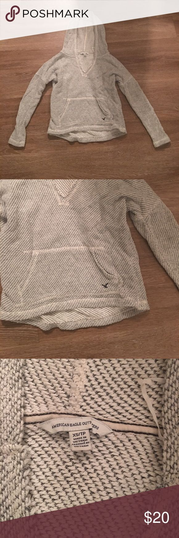 American Eagle Sweatshirt American Eagle sweatshirt size XS. In good condition American Eagle Outfitters Tops Sweatshirts & Hoodies
