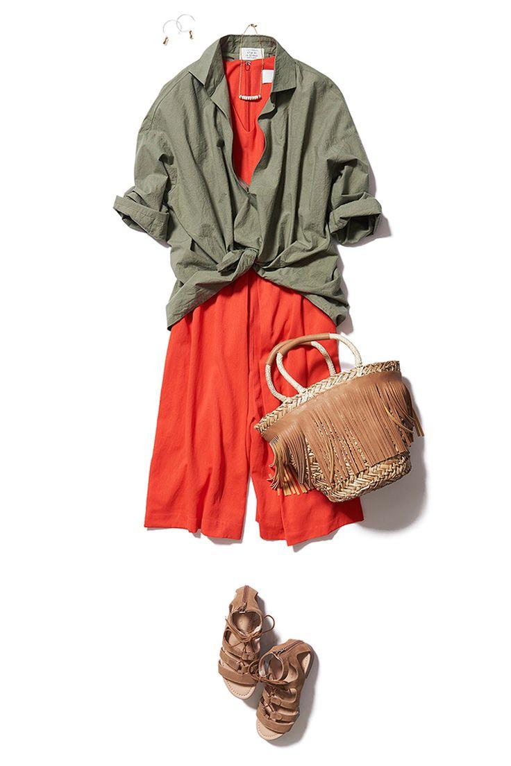 アースカラーのゆったり「背抜きシャツ」で程よくラフな夏のお出かけスタイル! ― B