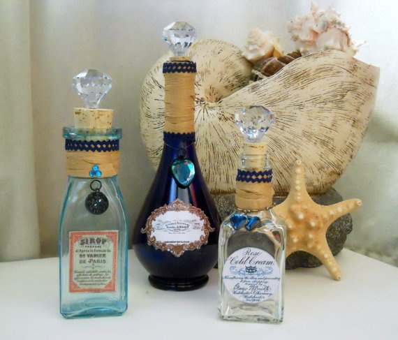 Sapphire set: these are great for storing your regularly used bathroom items such as bath bubble, bath salts, Epsom salts, mouthwash, astringent baby oil... the list goes on, display your everyday items in a pretty yet functional way!