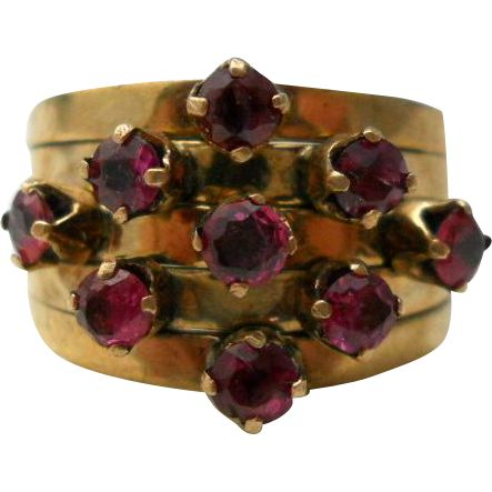 Vintage Ruby Harem Ring 14K Gold Size 6 from Suzy's Timeless Treasures on Ruby Lane #rubytuesday