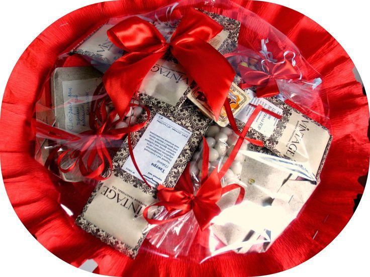 То, что я люблю!: Изысканный красный букет