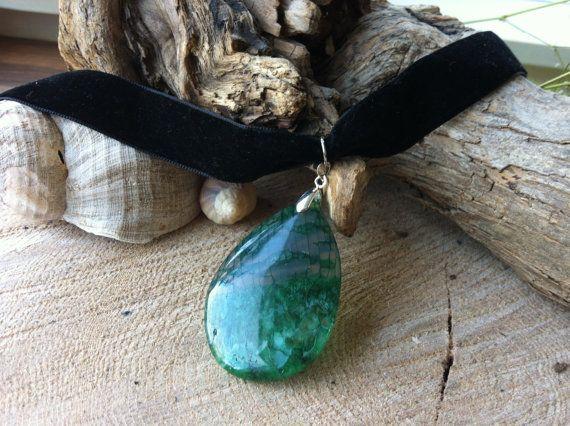 Hippie boho goddess agate teardrop pendant on velvet choker
